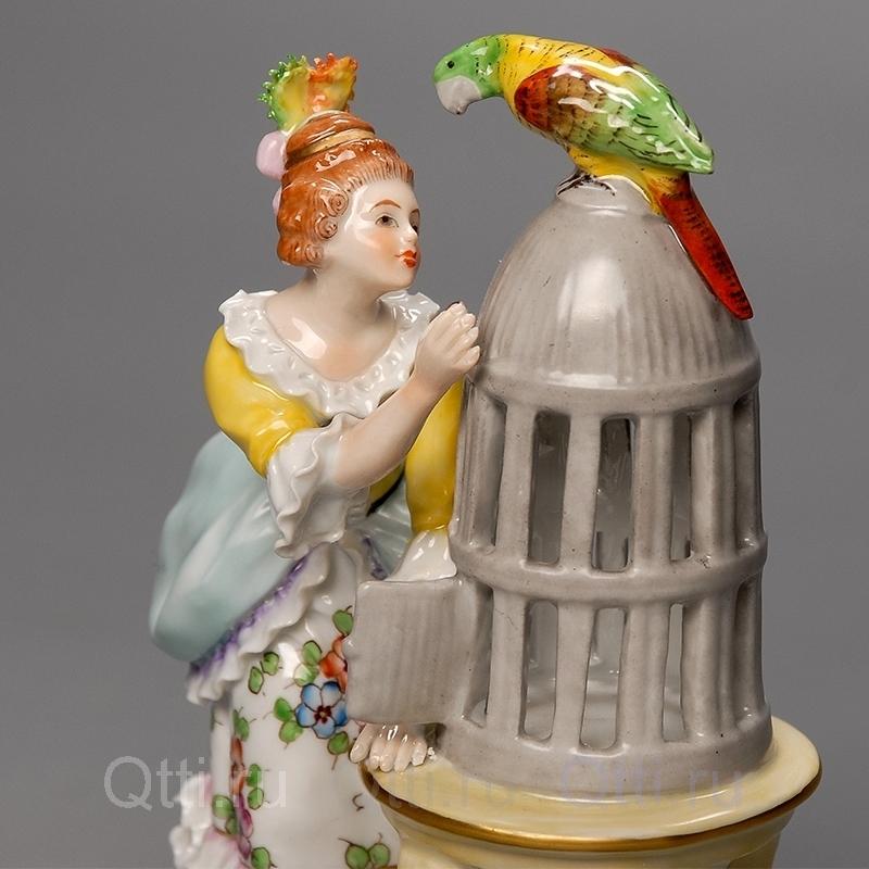 "Статуэтка ""Девушка и попугай"", Sitzendorf"