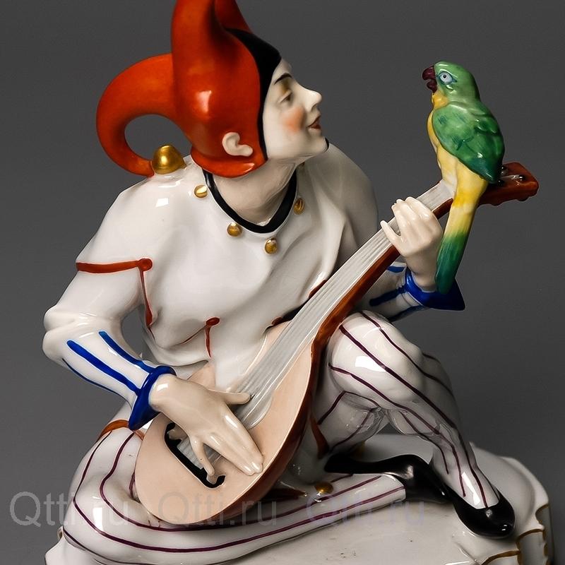 "Статуэтка ""Арлекин и попугай"", Hertwig & Co"