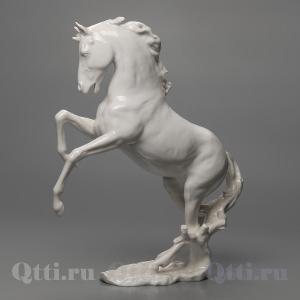 """Статуэтка """"Конь на дыбах"""" Alka"""