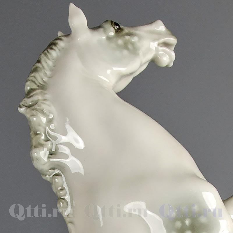 "Статуэтка ""Конь на дыбах"" Hutschenreuther"