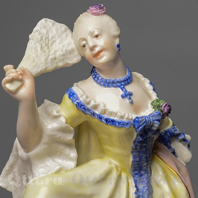 Фарфоровая статуэтка Дама с веером Nymphenburg Германия