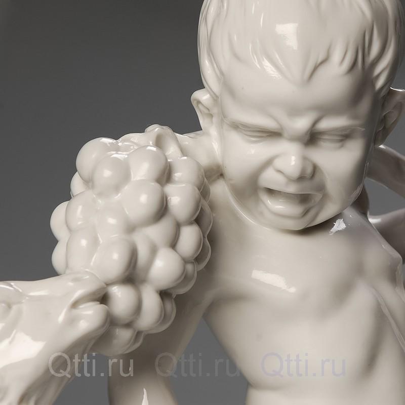 """Большая статуэтка """"Мальчик с козлёнком"""", Германия"""